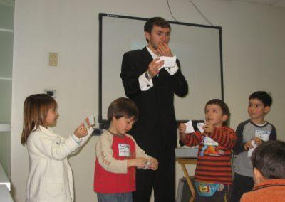 Mago Nicolas Palacios, show de magia para todo tipo de eventos, cumpleaños, infantil, matrimonios, empresas, adultos.